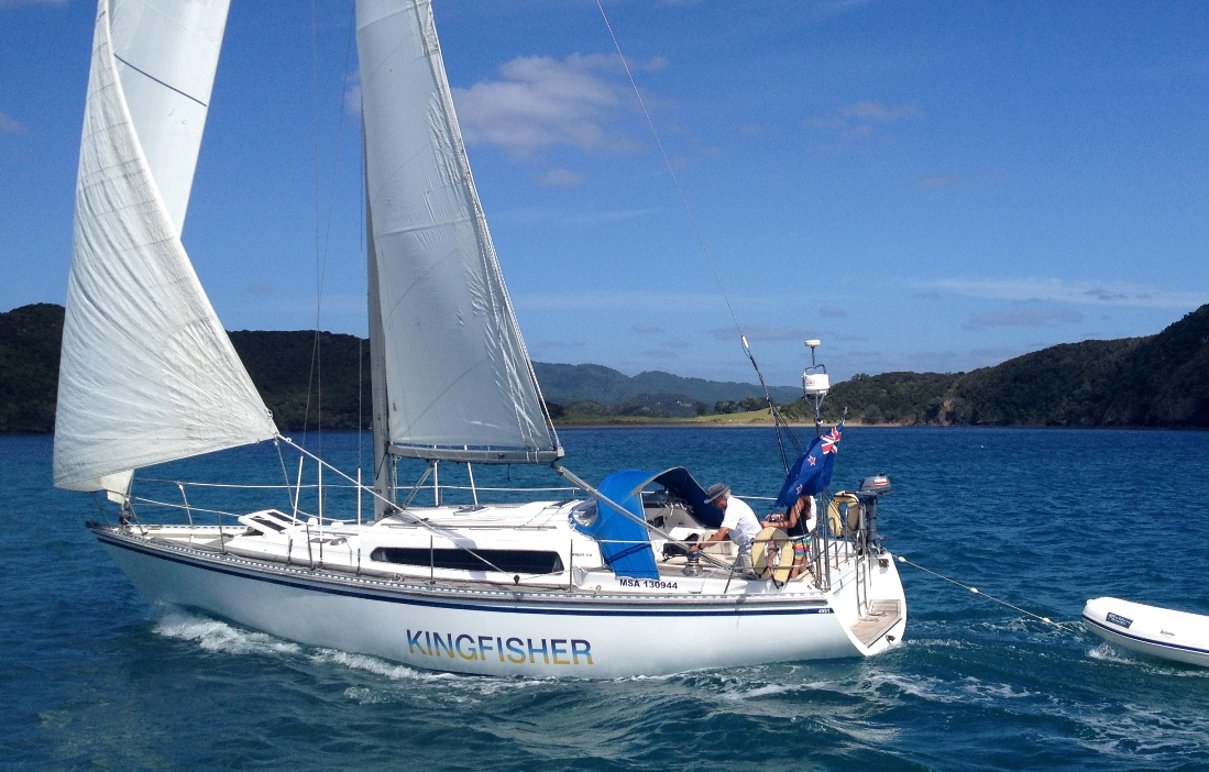 Kingfisher 38ft Sailing Boat In The Bay Of Islands Decked Out Yachting Auckland Charter